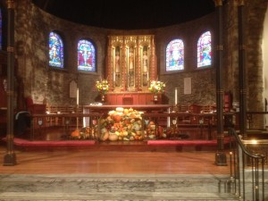 Photo of the altar decorated for Thanksgiving